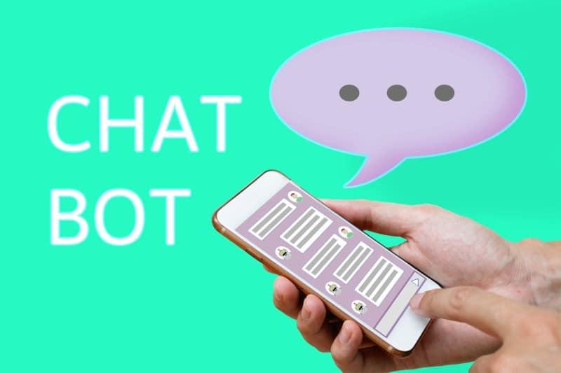 Chatbots e marcas: 5 exemplos que deve conhecer